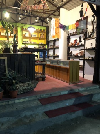 souvenir-shop-for-sale-in-thamel-big-1