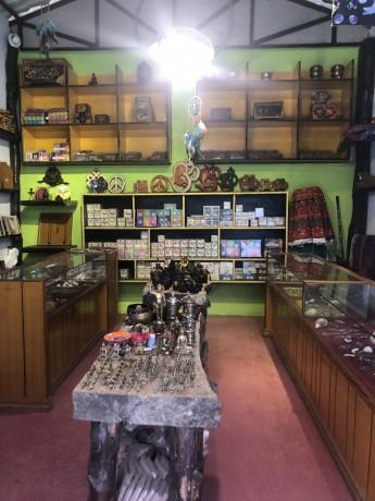 souvenir-shop-for-sale-in-thamel-big-3