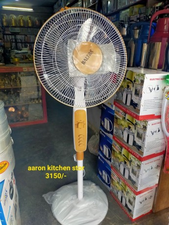 aaron-kitchen-stor-big-4