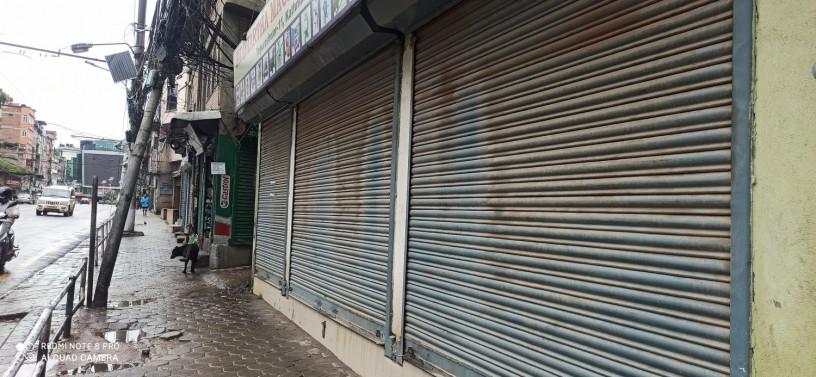shop-in-tripurashwor-near-om-sergical-for-rent-big-0