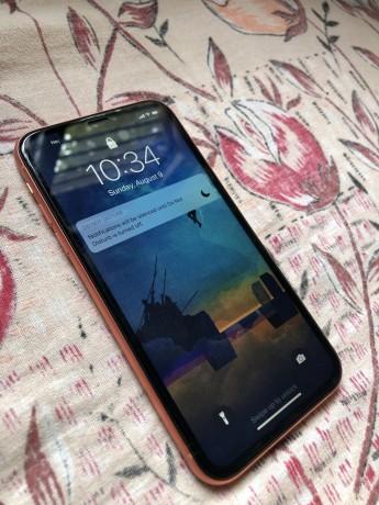 iphone-xr-128gb-big-1