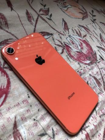 iphone-xr-128gb-big-2