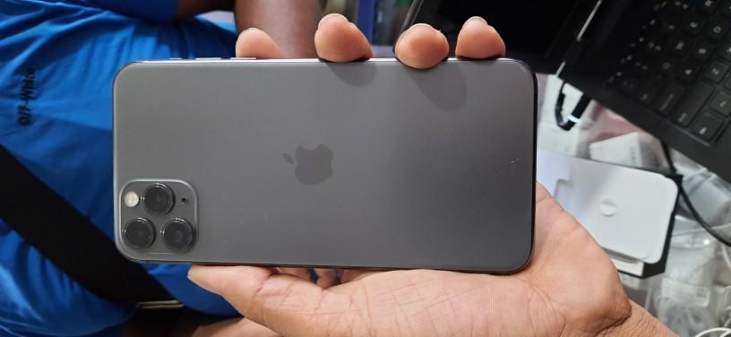 iphone-11pro-max-big-0