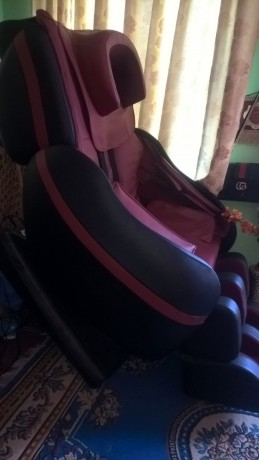full-body-massage-chair-for-sale-big-1