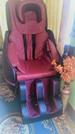 full-body-massage-chair-for-sale-big-2