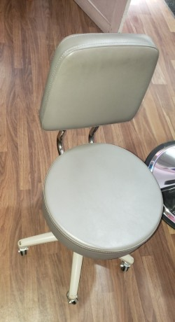 moveable-chair-big-0