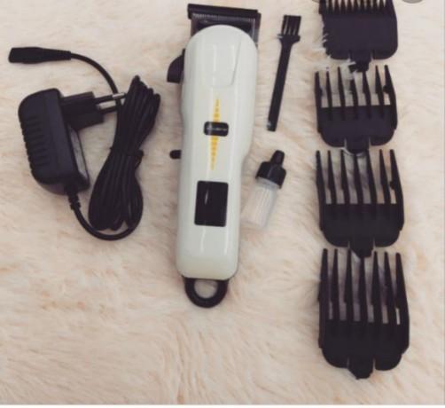 hair-trimmer-geemy-big-3