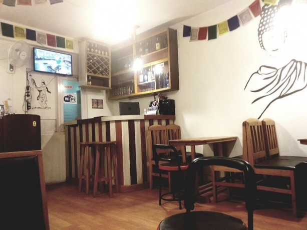 cafe-and-bar-for-sale-big-3