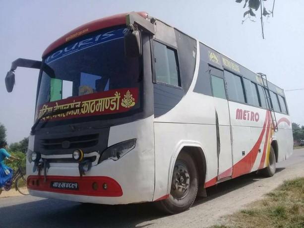 metro-deluxe-bus-bikrima-big-1