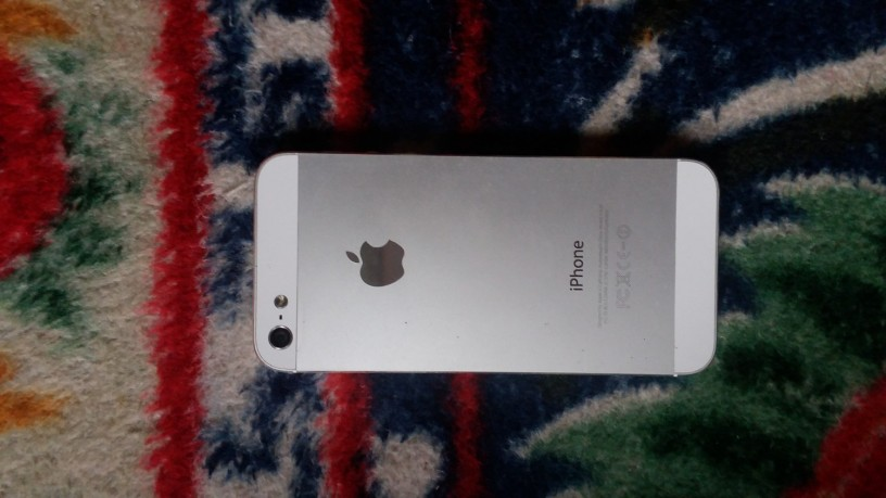 iphone-5-sell-big-0
