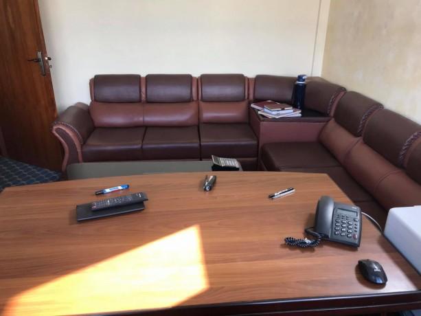 furnished-office-for-sale-big-3