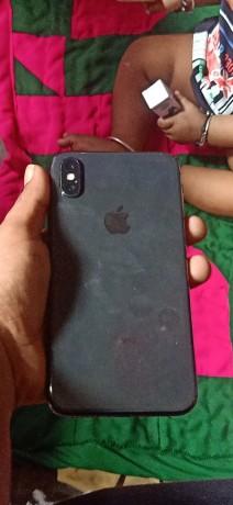 iphone-x-64gb-big-3