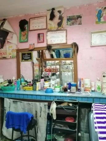 beauty-parlor-for-sale-big-3