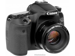 Canon 70D with 50mm lens urgent sale