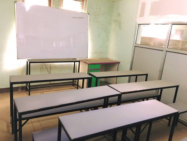 fully-furnished-office-for-sale-big-4