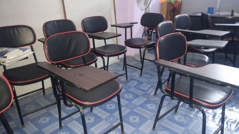 well-furnished-office-for-sale-big-2
