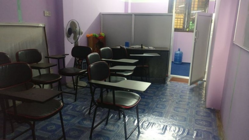 well-furnished-office-for-sale-big-3