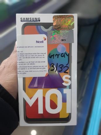 samsung-m01s-big-0