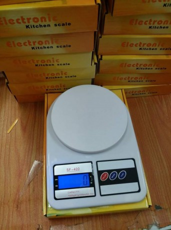 kitchen-electronic-scale-big-1