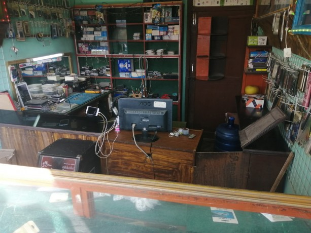 mobile-accessories-repairing-shop-for-sale-big-0