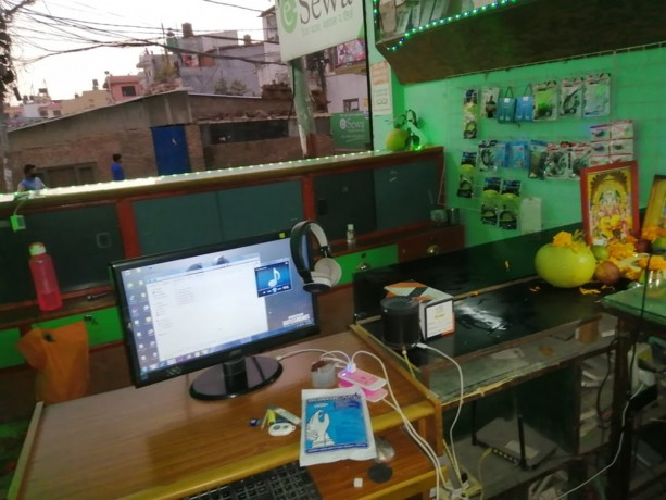 mobile-accessories-repairing-shop-for-sale-big-1