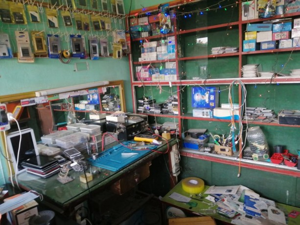 mobile-accessories-repairing-shop-for-sale-big-2