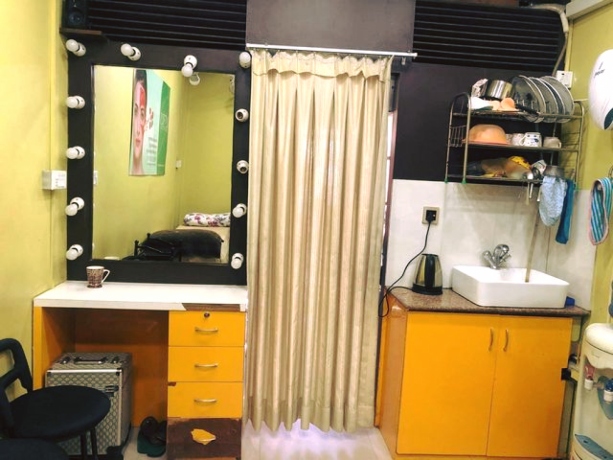 unisex-beauty-salon-for-sale-big-2