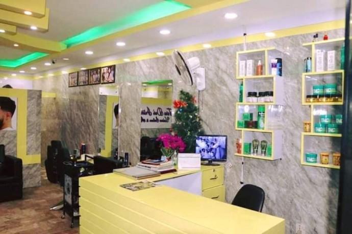 unisex-beauty-salon-for-sale-big-0