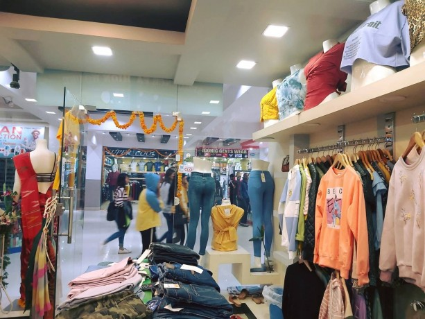 ladies-fancy-shop-for-sale-at-new-buspark-big-4