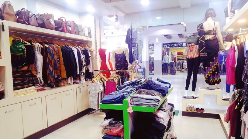 ladies-fancy-shop-for-sale-at-new-buspark-big-1