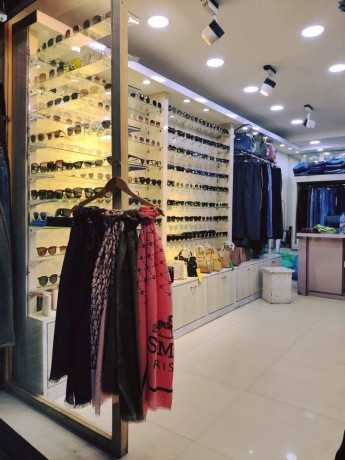 ladies-fancy-shop-for-sale-near-labim-mall-big-2