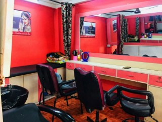 Beauty Parlor for Sale at Jhamsikhel