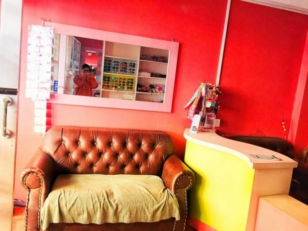 beauty-parlor-for-sale-at-jhamsikhel-big-2