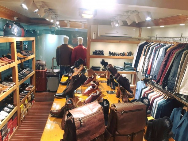 b-mall-l-mens-apparel-showroom-l-l-b-big-1