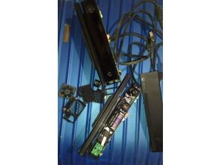 2xDamaged xbox one kinect sensore