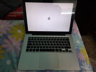 Sell laptop ( Apple)