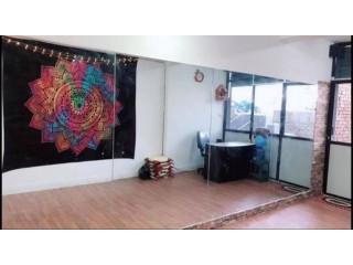 ललितपुर ग्वार्कोमा चलिरहेको डान्स स्टुडियो सुलभ मुल्यमा बिक्रीमा