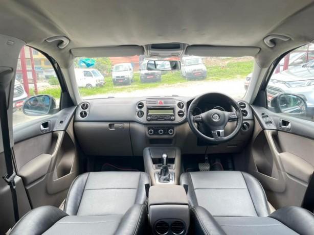 volkswagen-tiguan-20-4motion-auto-gear-big-2