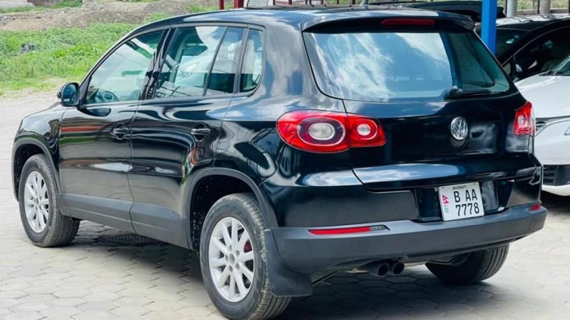 volkswagen-tiguan-20-4motion-auto-gear-big-1