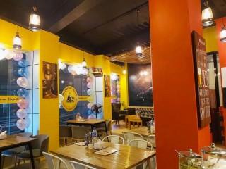 बौद्ध टुसालमा चलिरहेको Restaurant सुलभ मुल्यमा बिक्रीमा