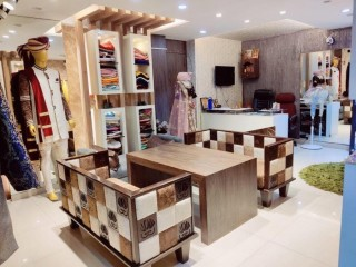 ज्ञानेश्वरमा चलिरहेको Boutique (वा Space & Decoration) सुलभ मुल्यमा बिक्रीमा