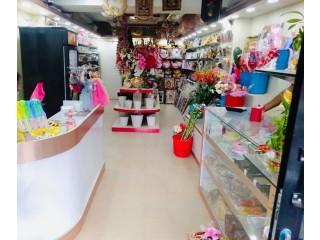 जावलाखेल मानभवनमा चलिरहेको Gift Shop वा खाली सटर र डेकोरेसन सुलभ मुल्यमा बिक्रीमा