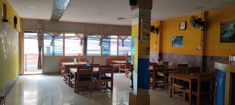 b-l-restaurant-b-big-1