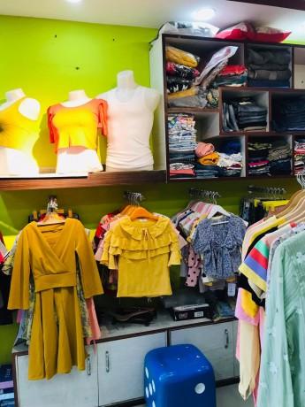 mall-l-ladies-kids-fancy-shop-l-l-a-b-big-2