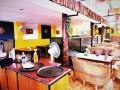 b-l-restaurant-l-l-b-small-1