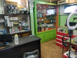 ललितपुर पुल्चोकमा चलिरहेको Computer Parts & Repairing Shop सुलभ मुल्यमा अर्जेन्ट बिक्रीमा