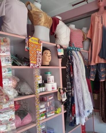 l-beauty-parlor-cosmetic-shop-l-l-b-big-3